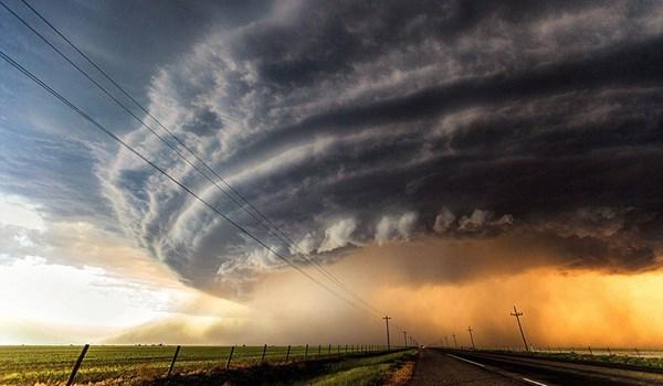 گردباد وحشتناک در آمریکا / فیلم