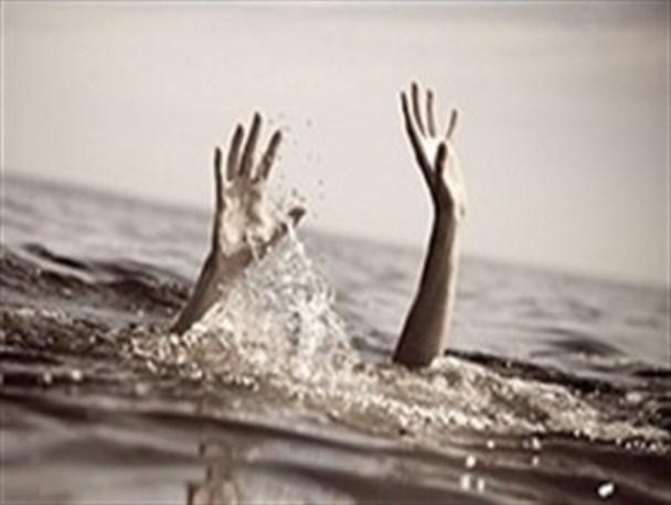 غرق شدن مرد ۴۳ ساله در استخر آب