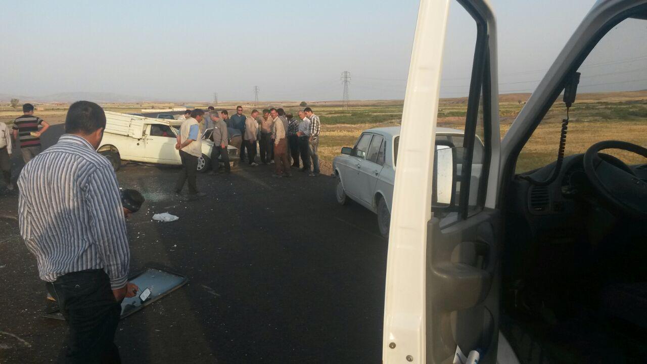 واژگونی پیکان وانت در جاده سراب-بستان آباد و مصدومیت شدید راننده / خواب آلودگی، سرعت غیر مطمئنه عاملهای واژگونی خودروها