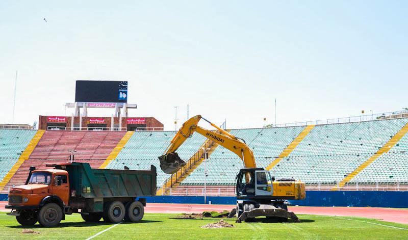 اجرای سیستم گرمایش زمین در ورزشگاه یادگار امام تبریز