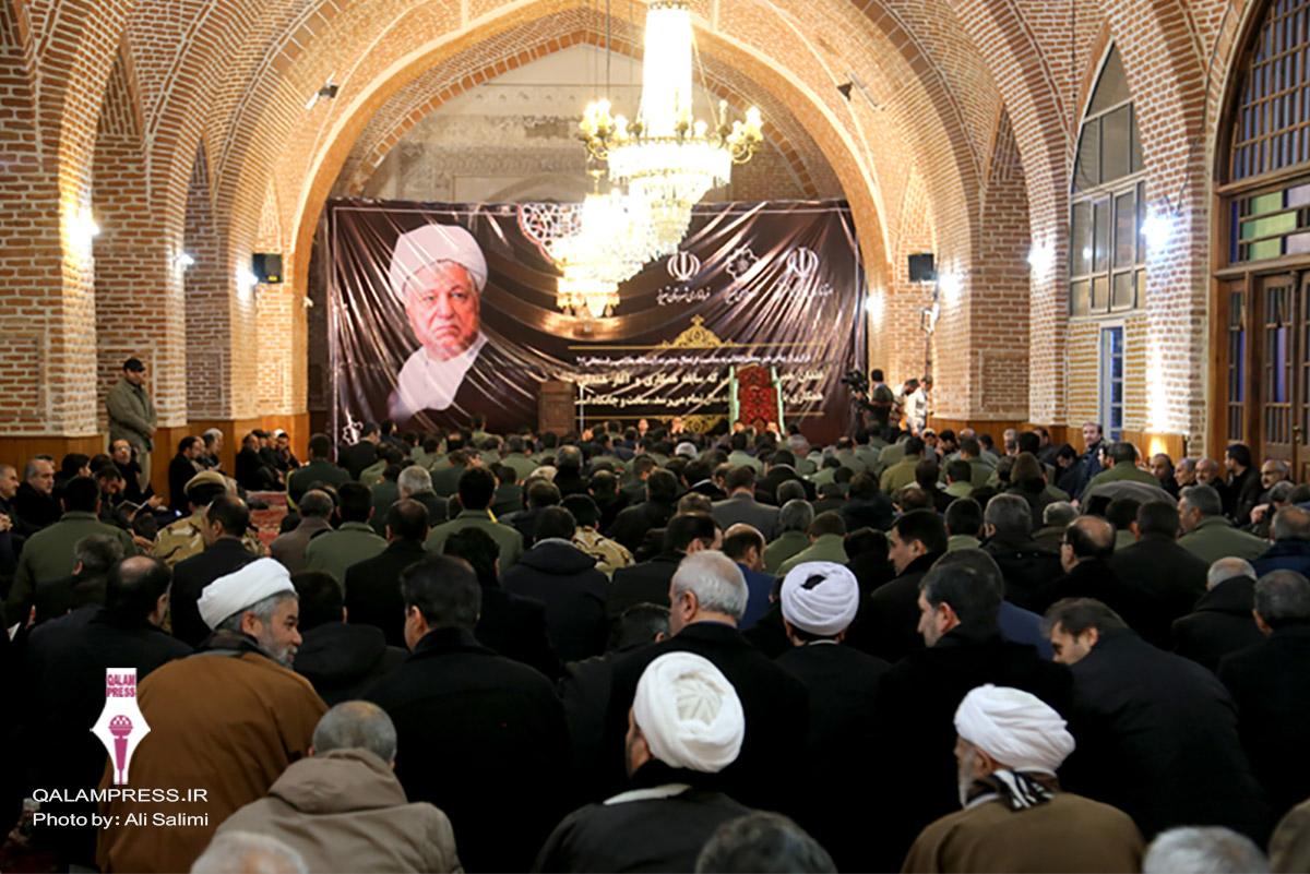 مراسم بزرگداشت آیت الله هاشمی رفسنجانی در تبریز / گزارش تصویری