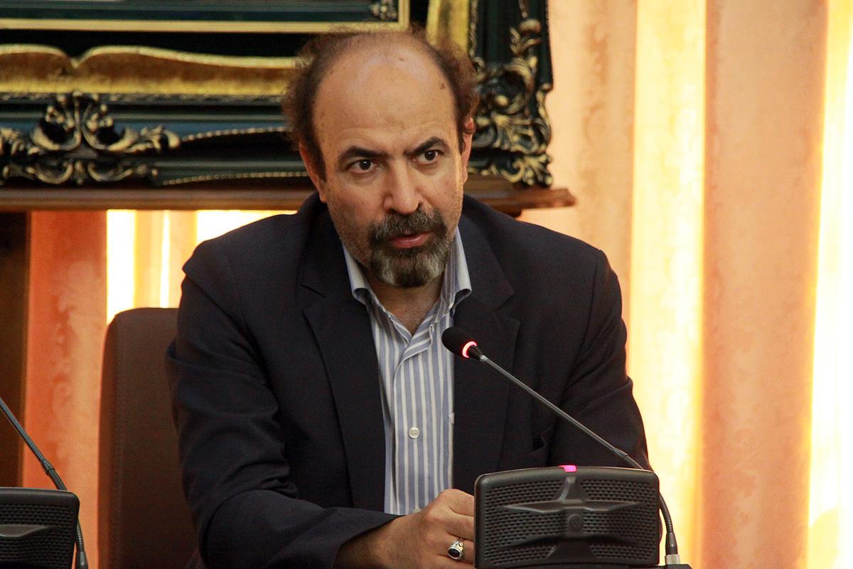 تاکنون هیچ عددی در خصوص مالیات سال آینده استان اعلام نشده/  اخبار و مسایل منتشر شده ناشی از بیسوادی افراد منتشر کننده است