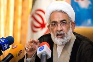 دادستان کل کشور : پوری حسینی ممنوعالخروجاست / مردم در مورد ورود پول کثیف به سینما گزارش دهند