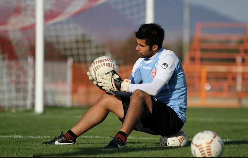 محسن فروزان به مدت یکماه از کلیه فعالیتهای ورزشی محروم شد