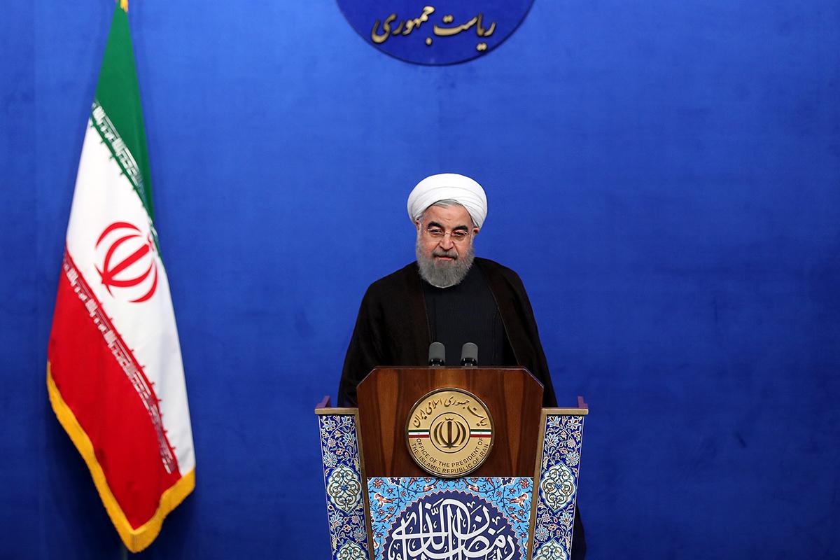 ملت ایران در برابر همه فشارها مقتدرانه روی پای خود ایستاده است