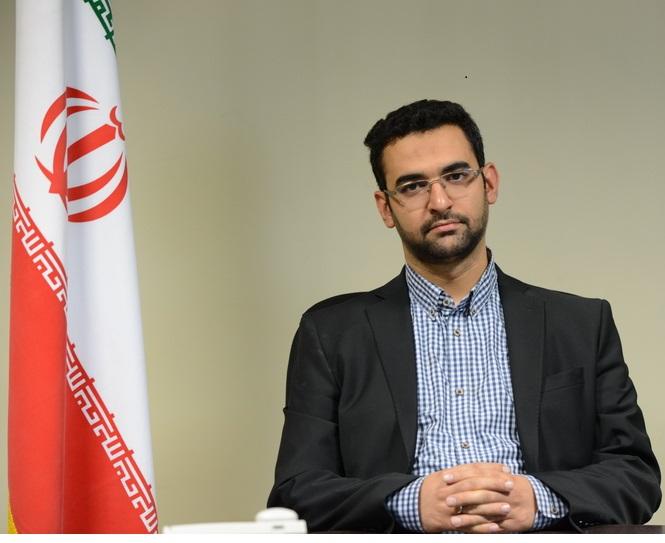 وزیر ارتباطات عذرخواهی کرد