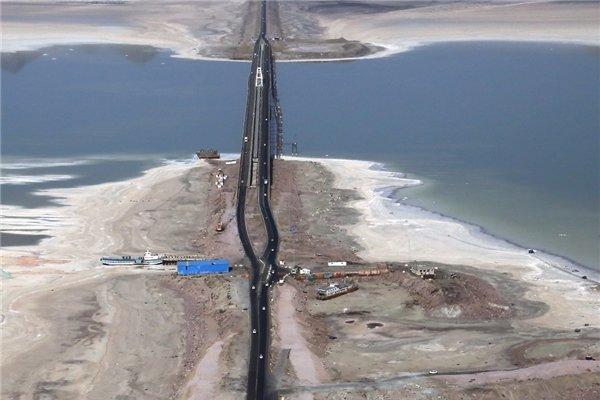 هشدار نماینده مجلس نسبت به نابودی دریاچه ارومیه /  هیچ اقدام موثری برای حفظ دریاچه انجام نگرفته است/  ۹ استان کشور در معرض خطرات جدی