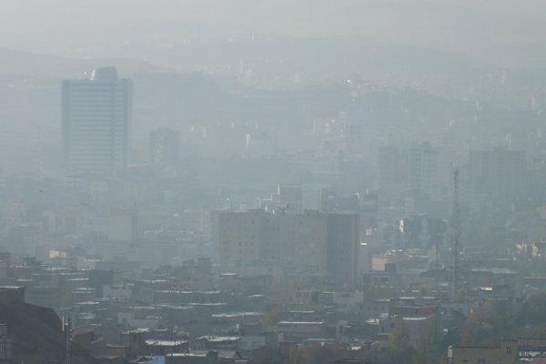 آلودگی هوا با وجود کارخانه ها در سطح شهر تبریز پایدار است