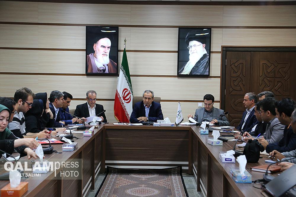 نشست خبری معاون امور اقتصادی استاندار آذربایجان شرقی+ گزارش تصویری