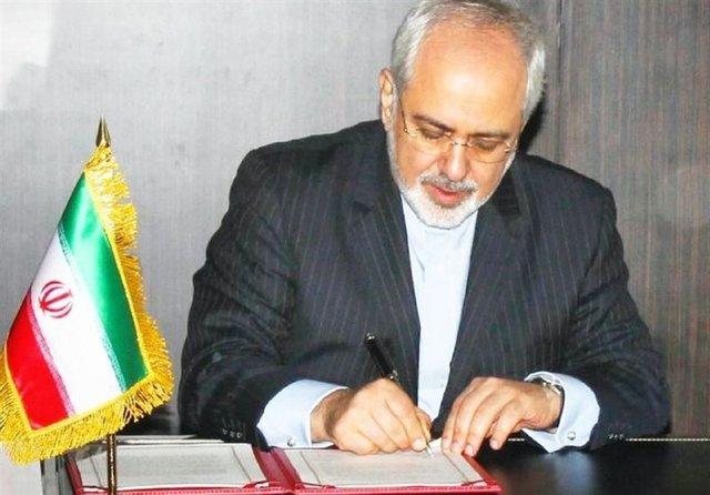 ظریف: اتهامات علیه ایران دروغ و درخواستهای آمریکا غیرقانونی است