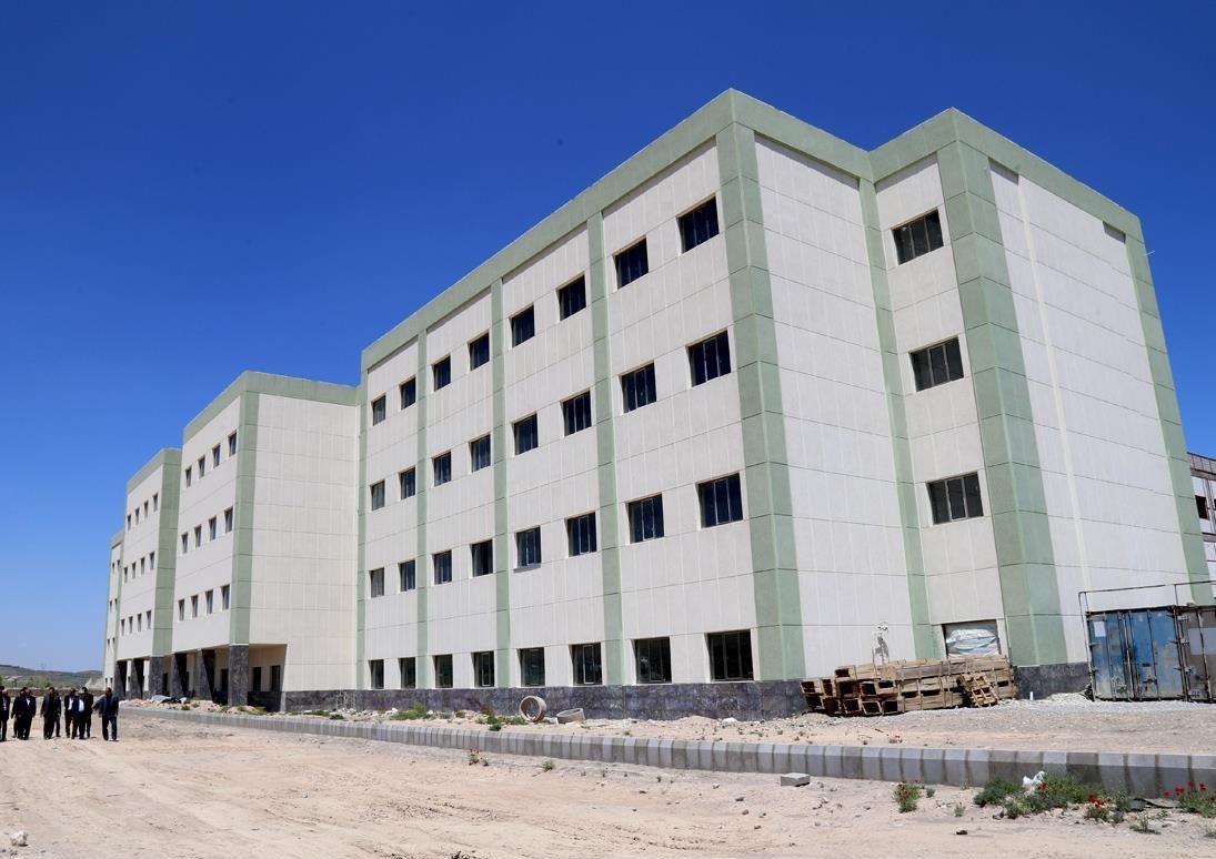 راهاندازی بیمارستان مردانی آذر تا پایان سال آینده
