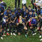 فرانسه ۴ – کرواسی ۲ / قهرمانی فرانسه در جام جهانی برای دومین بار / خروس ها جام قهرمانی را بالای سر بردند