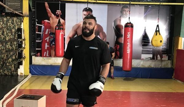 پیروزی علی اکبری مقابل خرس لهستانی