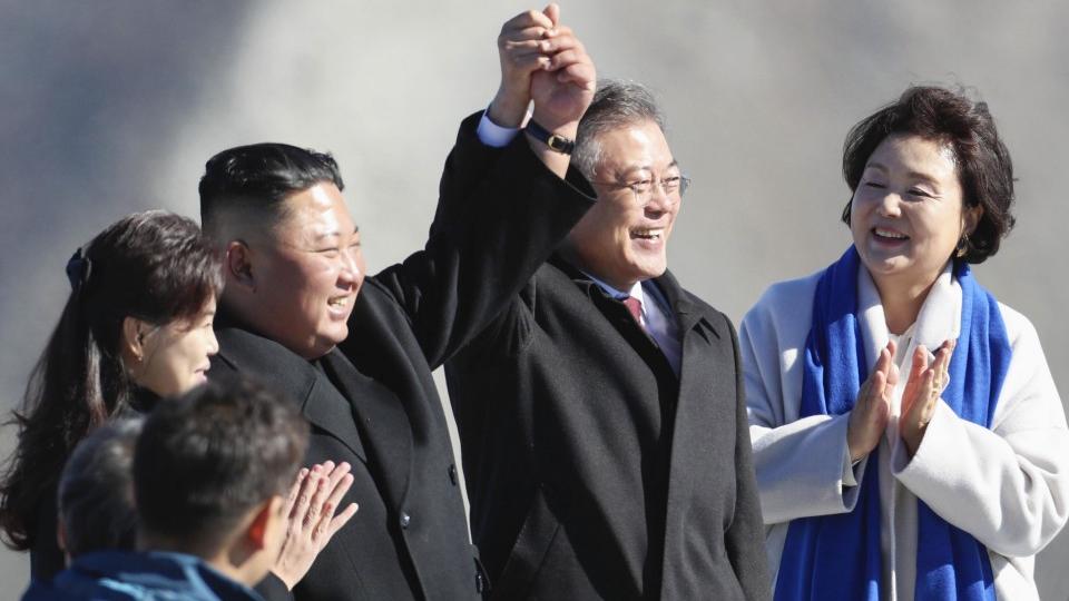 هدیه عجیب رهبر کره شمالی به رهبر کره جنوبی