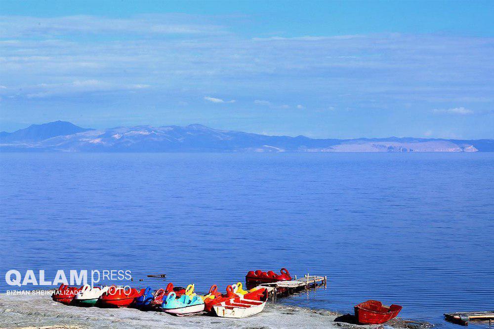 کاهش تراز آب دریاچه ارومیه در فصل گرما طبیعی است