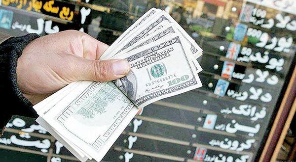 دولت هر زمانی که اراده کند می تواند قیمت ارز را با هر رقمی تعیین کند