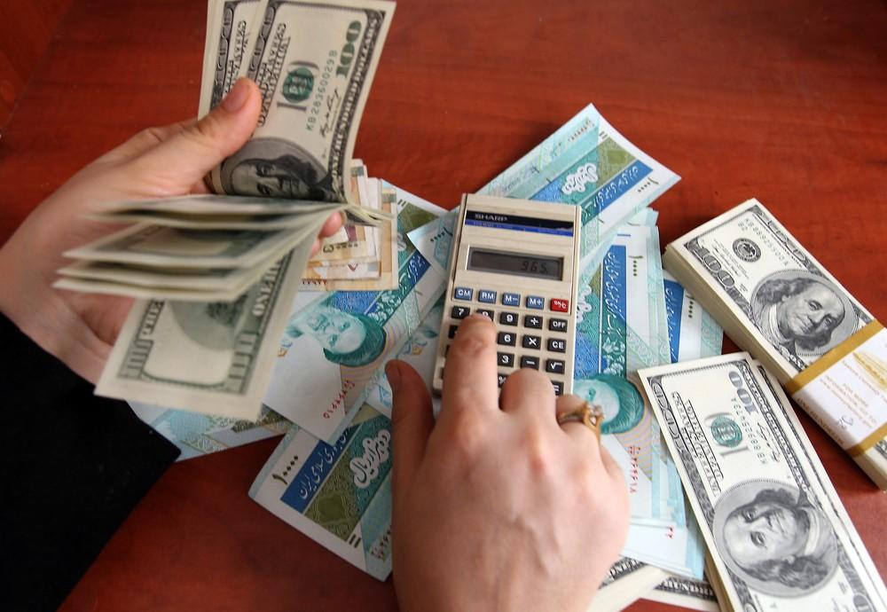 با حذف ۴ صفر هر یک دلار معادل یک تومان میشود / حذف صفر از پول ملی هیچ تأثیر مثبت و منفی در اقتصادی کشور ندارد