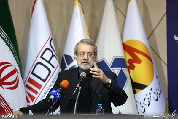 آمریکایی ها قصد ایجاد مزاحمت برای فروش، صادرات و واردات ایران دارند