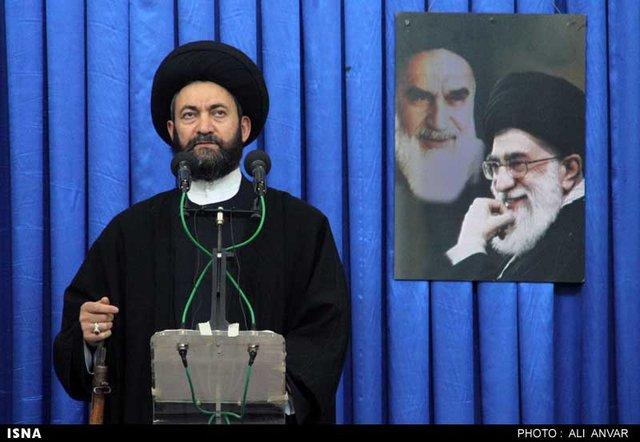 امام جمعه اردبیل: تبریز افتخار تمام آذری های جهان است /ریشه تمام مشکلات اقتصادی ما فرهنگی است
