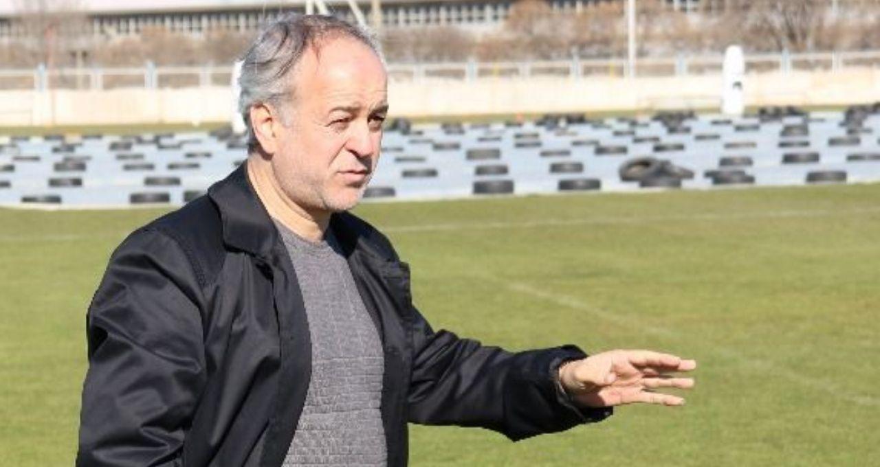 الیاسی : تا مشخص شدن علت اشتباهات، فروزان در تمرینات حضور نخواهد داشت