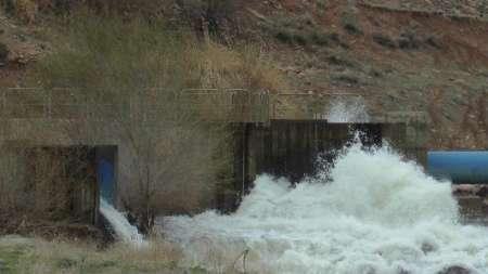 رهاسازی ۱۰میلیون مترمکعب آب سد قلعه چای به دریاچه ارومیه