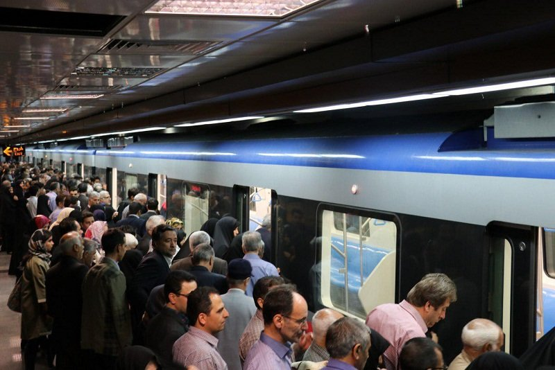 ساعات خدمات رسانی قطار شهری تبریز از امروز افزایش مییابد