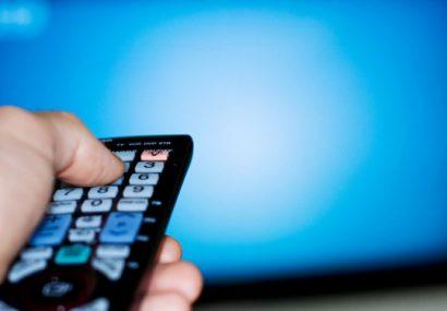 هشدار محققان: تماشای تلویزیون باروری مردان را کاهش میدهد