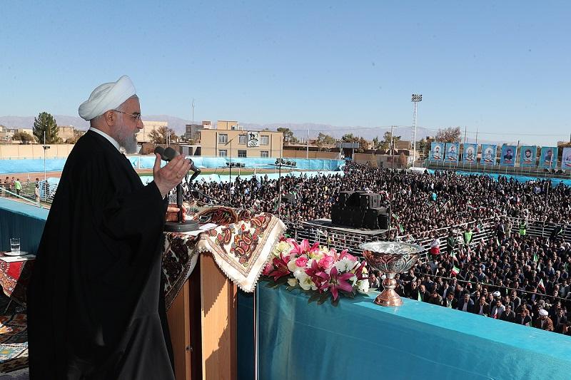 مرحوم آیت الله هاشمی رفسنجانی یک عالِم و مجاهد بزرگ سیاسی است