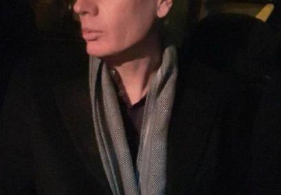 بازداشت سفیر انگلیس مقابل دانشگاه امیرکبیر