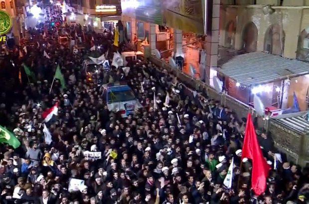 حضور مردم در حرم مطهر علوی در تشییع شهیدان