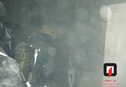 آتش سوزی انبار سیگار در بازار سیگار فروشان تبریز + جزئیات