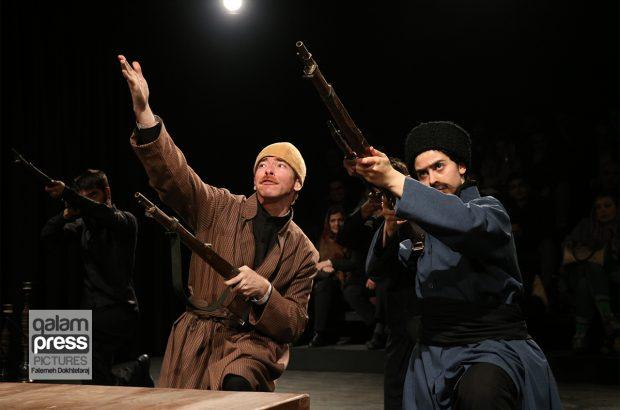 اجرای نمایش مسیو در تبریز به روایت تصویر