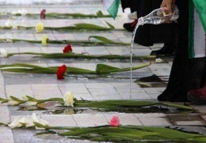 نماینده ولی فقیه در استان و استاندار آذربایجانشرقی درگذشت پدر شهیدان جهانی را تسلیت گفتند