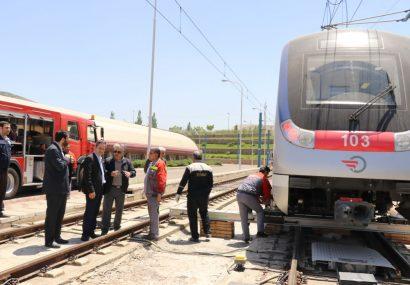 اجرای عملیات مانور دریل قطار در مترو تبریز