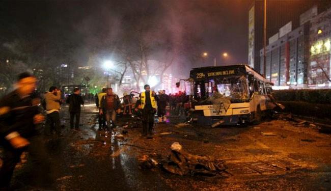 انفجار بمب در آنکارا یکصد کشته و مجروح به جا گذاشت