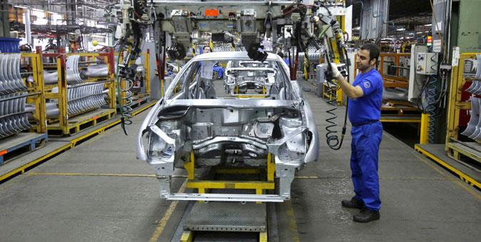 مشکلات صنعت خودرو ماهیت وزارت صمت را زیر سوال برد