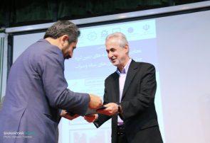 قدردانی از شهردار تبریز به پاس تلاش در امدادرسانی به زلزلهزدگان میانه و سراب
